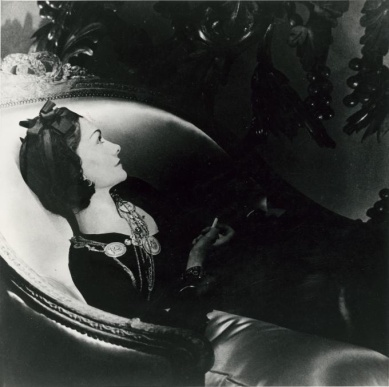 Coco Chanel-1937-Horst-P-Horst