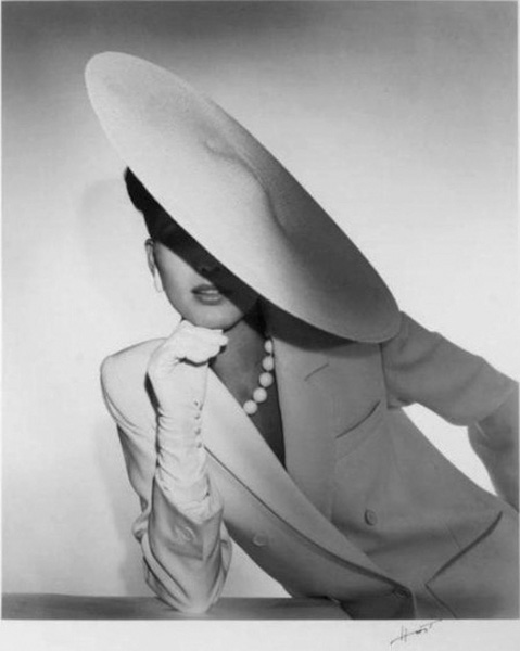 Horst P. Horst, Study in Ivory for Saks Fifth Ave. New York, 1983