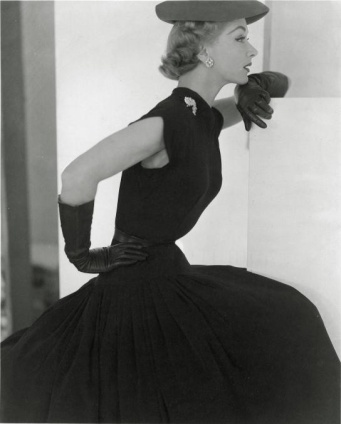 Lisa Hat and Gloves, 1951-Horst-P-Horst