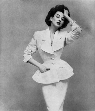 Dorian Leigh para Harper's Bazaar-1953-Fotografía de Richard Avedon